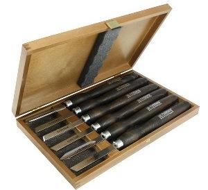 products/Набор Narex 859503 из 6 токарных резцов с мореной ручкой в деревянной коробке
