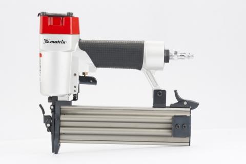 products/Нейлер пневматический MATRIX для гвоздей от 10 до 50 мм (арт. 57410)