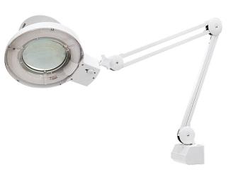 products/Лупа с подсветкой 3-х кратная, D 125 мм, со струбцинным креплением к столу MATRIX