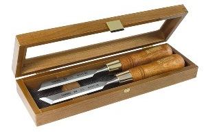 products/Набор Narex из 2-х стамесок правая + левая в деревянном ящике
